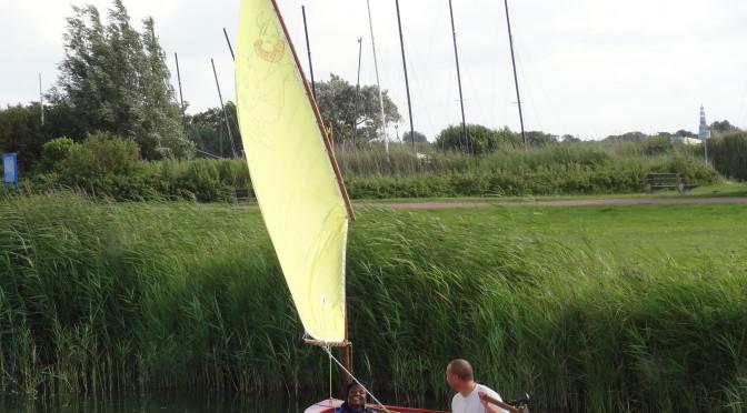 Langs en op de slootjes vlak bij de caravan kan worden gevist of met kleine bootjes worden gevaren
